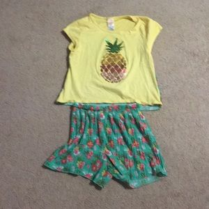 (3-$15) Hawaiian themed girls outfit size 14-16